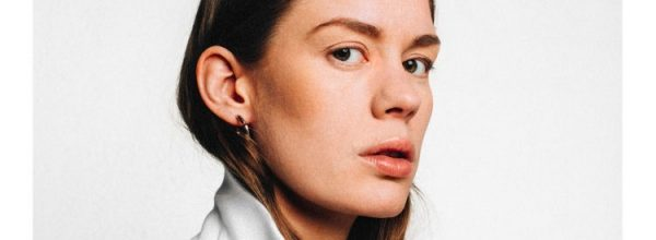 Single Review: Anna of the North – 'Someone'